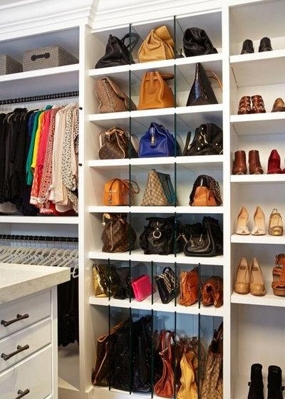 Modern Wardrobe by Bella Life Style