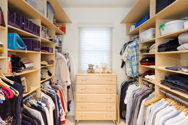 Modern Wardrobe by Clever Closet Company