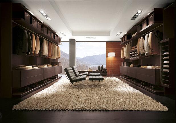 Modern Wardrobe by WOKAI Design