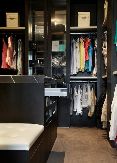Contemporary Closet by Bagnato Architects