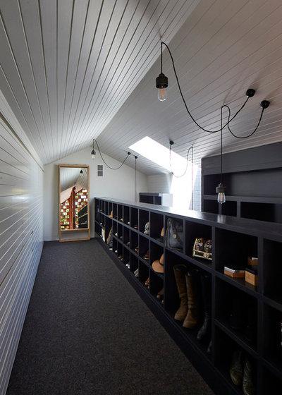 Contemporary Wardrobe by MAKE Architecture