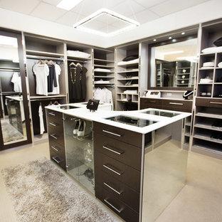 Idéer för att renovera en mycket stor funkis garderob