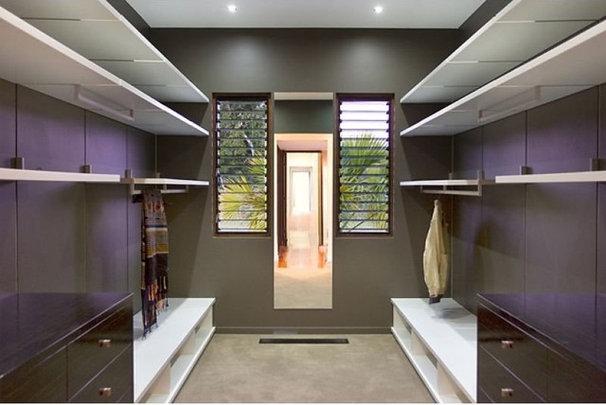 Asian Closet by Skale Building Design