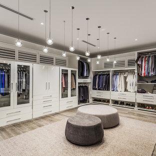Exempel på en modern garderob