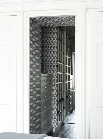 contemporary closet by Greg Natale