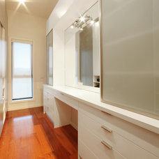 Contemporary Closet by Melbourne Contemporary Kitchens