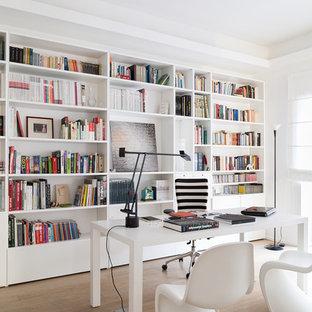 Ispirazione per uno studio minimalista