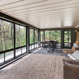 3-Season Room Nestled in Kettle Moraine Paradise