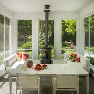 Immagine di una veranda contemporanea