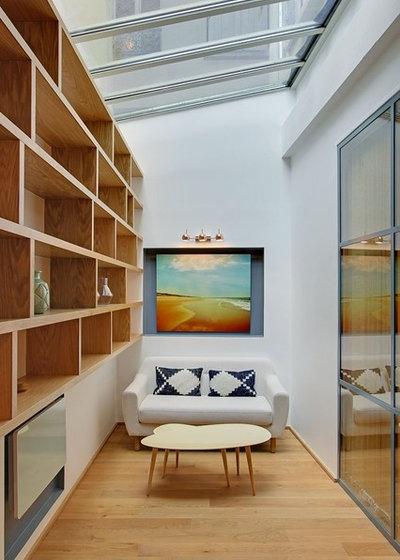 Contemporary Sunroom by Da Ponte & Silva
