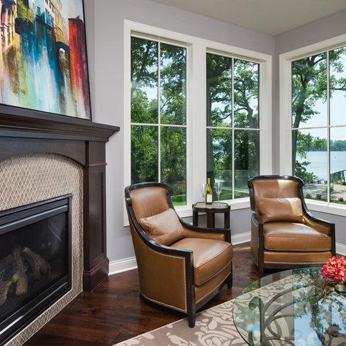 v randas avec un manteau de chemin e en carrelage et un sol en bois fonc photos et id es d co. Black Bedroom Furniture Sets. Home Design Ideas