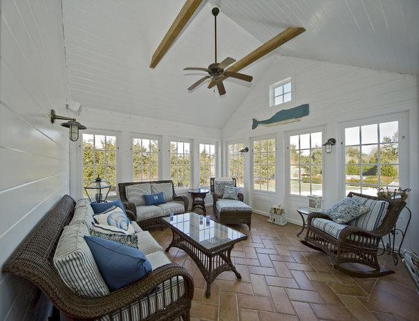 Traditional Sunroom by ARCHIA HOMES