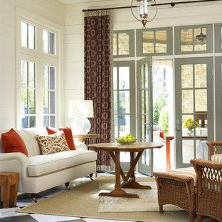Esempio di una veranda chic di medie dimensioni con pavimento in marmo