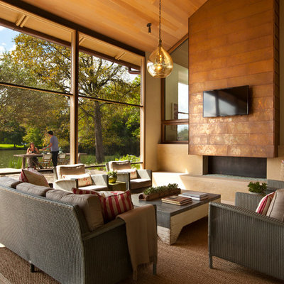 Inspiration for a contemporary sunroom remodel in Austin