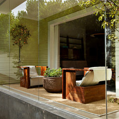 modern porch by JUNE STREET ARCHITECTURE