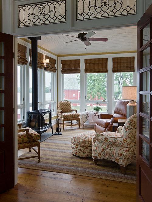 v randas avec un po le bois photos et id es d co de v randas. Black Bedroom Furniture Sets. Home Design Ideas