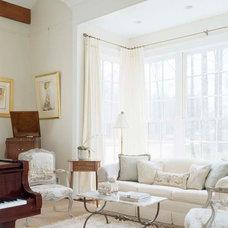 Traditional Sunroom by Kevin L Harris, Architect LLC