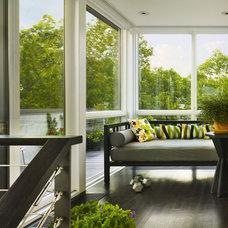 Modern Porch by Brett Webber Architects, PC