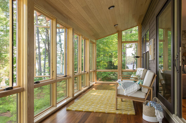 Houzz tour summer camp style for a lakeside home in maine for Rustic sunrooms