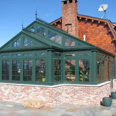 Traditional Sunroom by Solar Innovations, Inc.