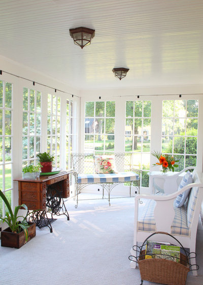 Traditional Sunroom by Frank Shirley Architects