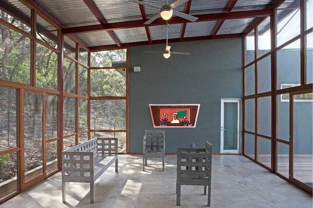 Modern Sunroom by Steinbomer, Bramwell & Vrazel Architects