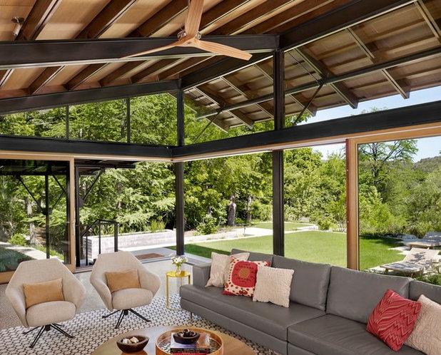 Contemporary Sunroom by Lake Flato Architects