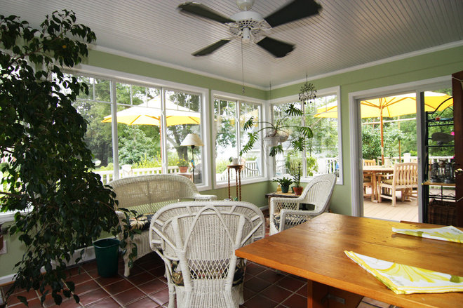 Tropical Sunroom by Criner Remodeling