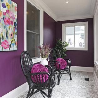 Ispirazione per una piccola veranda classica con pavimento in gres porcellanato, nessun camino, soffitto classico e pavimento grigio