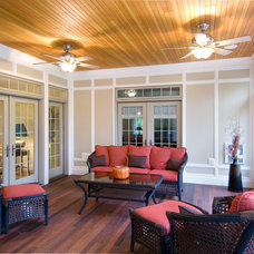 Traditional Sunroom by Pecoy Signature Homes