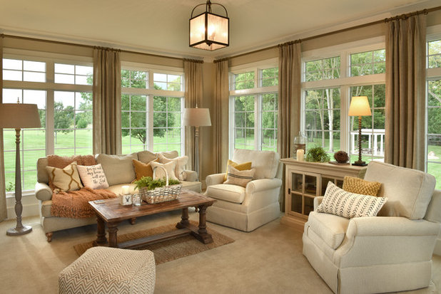 Traditional Sunroom by The Mansion