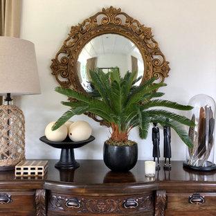 Idée de décoration pour une véranda ethnique de taille moyenne avec moquette, un plafond standard et un sol beige.