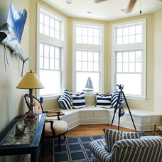 Beach Style Family Room by Griggs & Co. Homes Inc.