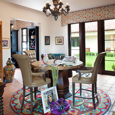 Example of a mid-sized tuscan sunroom design in Tampa with no fireplace and a standard ceiling