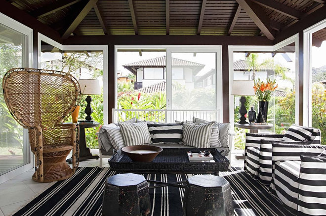 contemporary porch by Marcelo Brito & Pedro Potaris