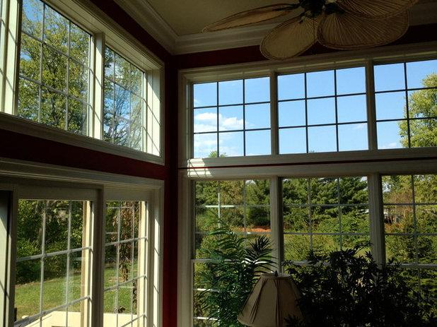 Transitional Sunroom by SolarTex, Inc.