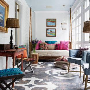 Inspiration för ett vintage uterum, med tak och flerfärgat golv