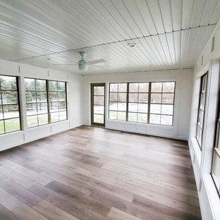 Idéer för att renovera ett stort vintage uterum, med vinylgolv, tak och grått golv