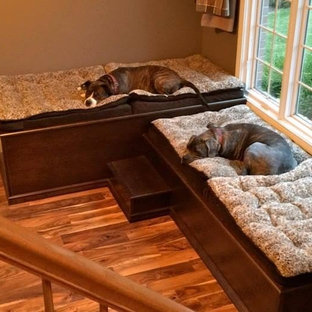 Traditional Dog Room in Florence, Kentucky