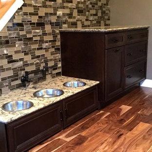 Inspiration for a mid-sized timeless medium tone wood floor sunroom remodel in Cincinnati