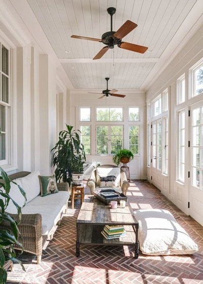 Klassisk Udestue Traditional Sunroom