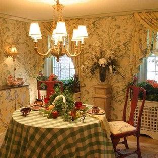 Aménagement d'une petit véranda exotique avec un sol en calcaire, un plafond standard et un sol beige.