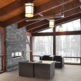 holz boden und decke modern interieur, wintergarten mit gaskamin und braunem holzboden ideen, design, Design ideen