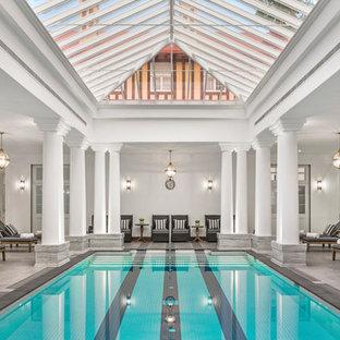 Ejemplo de piscina clásica renovada interior y rectangular