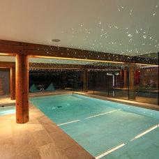 Contemporary Pool by Johnny Grey Studios