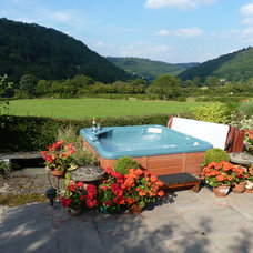 Traditional Landscape by Hot Tub Barn