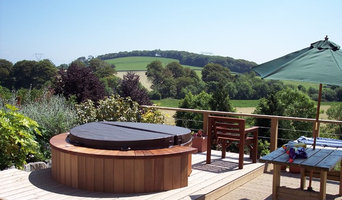 Show Hot Tubs
