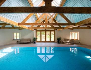 Indoor Swimming Pool and Sauna in Hampshire