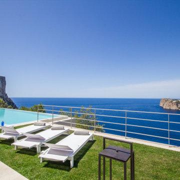 luxury villa in Puerto Andratx
