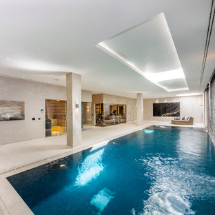 This is an example of a contemporary swimming pool in London.